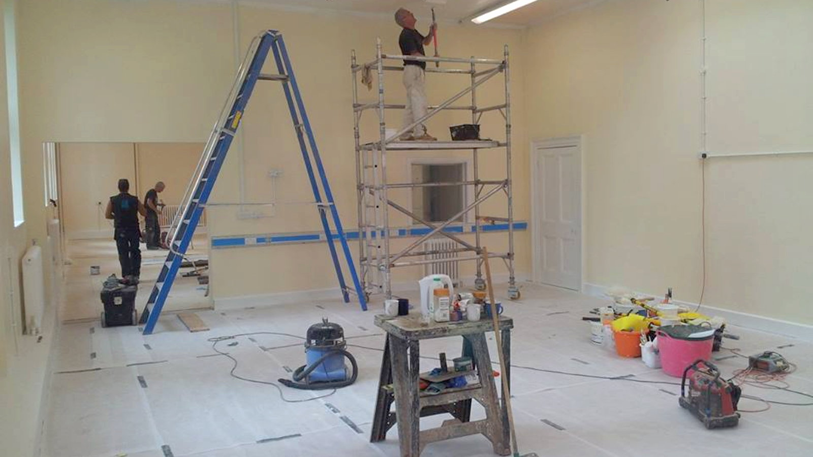 Decorating & Tiling - All Trade Property Services